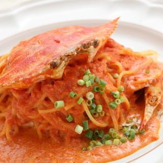 【当店☆イチオシ】渡り蟹のトマトクリームスパゲッティ