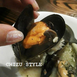 スペイン料理と自然派ワイン LUZ -