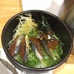 本町製麺所 阿倍野卸売工場 中華そば工房 - うるめいわしの漬けご飯
