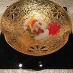 日本料理 銀座 一 - 生麩の白和え