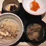 日本料理 銀座 一 - 食事  松茸御飯  鶏スープ