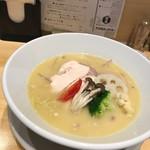 鶏白湯SOBAとよだれ鶏の店 虎舎 - 鶏白湯SOBA(味玉入り)