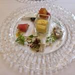 アマルフィイ - 前菜5種の盛り合わせ(ひげ鯛のカルパッチョ、仔牛、ホタテのコロッケ、かぼちゃ、他)