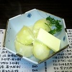 7619207 - メークインの塩煮バター