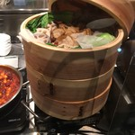 EBISU FOOD HALL - 蒸し豚とレンコン