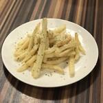 焼肉こいのぼり - フライドポテト