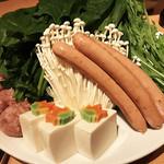 76205150 - 野菜盛り達&マテラ豚さんのソーセージ♪