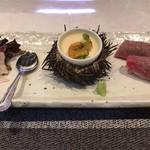 鉄板焼 雅 - お寿司はシャリがぽろぽろしてました。