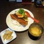 チャイニーズダイニング方哉 - 魯肉飯(るーろうはん)1,000円