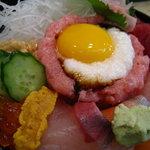 五郎鮨 - なかなか豪華