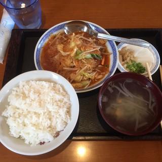 味楽菜館 - 料理写真:ランチB(春雨と野菜辛子煮)800円