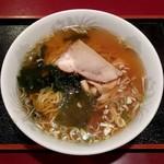 中華料理 なるたん - 正油ラーメン(650円)
