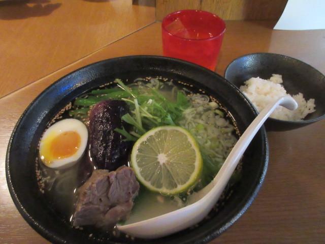 味工房 - テールスープラーメン(塩)ミニライス付き700円