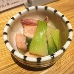 酒と三菜 菜々蔵 - 石切産青梗菜とアオリイカげその旨煮♡