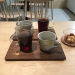 ドウモカフェ - お菓子がサービス