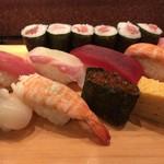 寿司海鮮 御旦孤 - 料理写真:上にぎり 1400円。