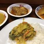 アジアカレーハウス - これが定食一式