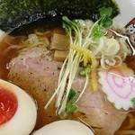 煮干しらーめん玉五郎 五代目 - 秋刀魚煮干しら~めん+味タマ♪(秋季限定)