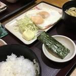 やえす初藤 - 朝食   目玉焼定食