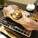 76235773 - 銀杏朴葉味噌焼き