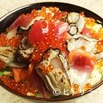 与五郎寿司 - 炙り牡蠣(カキ)入り 仙台づけ丼