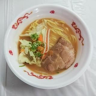 らーめんstyle JUNK STORY - 料理写真:炙りステーキとたっぷり野菜の濃厚味噌とんこつらーめん