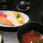 和食 浮橋 - 寿司と赤だし