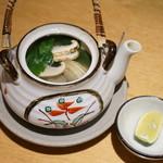 司 - 松茸の土瓶蒸し