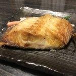 栄寿し総本店 - 焼き魚(ホッケ)