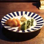 76249874 - ☆付出し キウイ、柿、チーズ