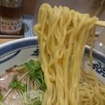 中華そば 三代目 さかえや - 吟醸 白醤油中華そば 麺リフト