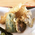 渋谷食堂 - 天ぷら(ピーマン・椎茸・舞茸・海老・さつま芋)