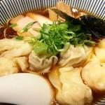 76252940 - ダーの黒旨特製ワンタン麺