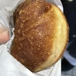 ビッグ セット - 牡蠣カレーパン 400円税込