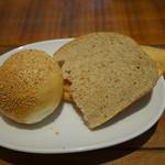 クッチーナ ディ サルティーニ - 自家製パン