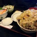 居酒屋 さんぼん木 - 欲張りどん丼セット海鮮丼バージョン 1300円