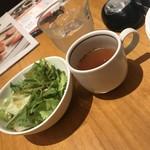 CAFE TONGLLIANO  - 10:00~15:00はサラダ・スープ付き
