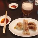 広東料理 東田 - ニラ饅頭+棒餃子+餃子