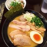 76273608 - 特製 鶏だしらーめん(醤油)