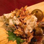 和馳走 蔵屋 - 軍鶏の付け合せのポテトサラダも美味しい