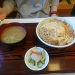 松葉亭 - かつ丼