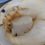 民宿 青塚食堂 - ホタテ焼き 貝柱のみでした