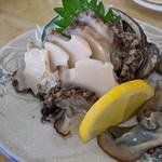 民宿 青塚食堂 - エゾアワビ刺身 柔らかいです