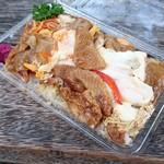 シャルマン - とり皮卵とじ丼 ¥390