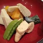 食彩酒菜 おか田 - 鯛の子と野菜の煮しめ