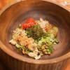 An Di - 料理写真:テーリーフサラダにホーリーバジルオイルをかけて