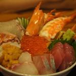 網元 - 料理写真:海鮮ちらし丼