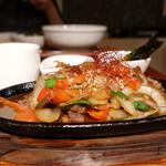 Korean Dining ハラペコ食堂 - ☆鉄板でジュージュー(^^♪☆