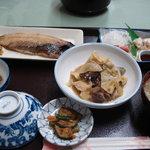 日の丸旅館 - 平成23年4月28日の夕食