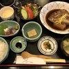 鮮菜家 - 料理写真:鯛の煮付定食=980円